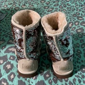 Sequin color changing uggs
